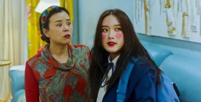 review drakor true beauty, ju kyung belajar make up